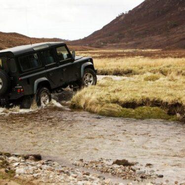 Land-Rover-Scottish-Highlands-Alladale-400x400-min