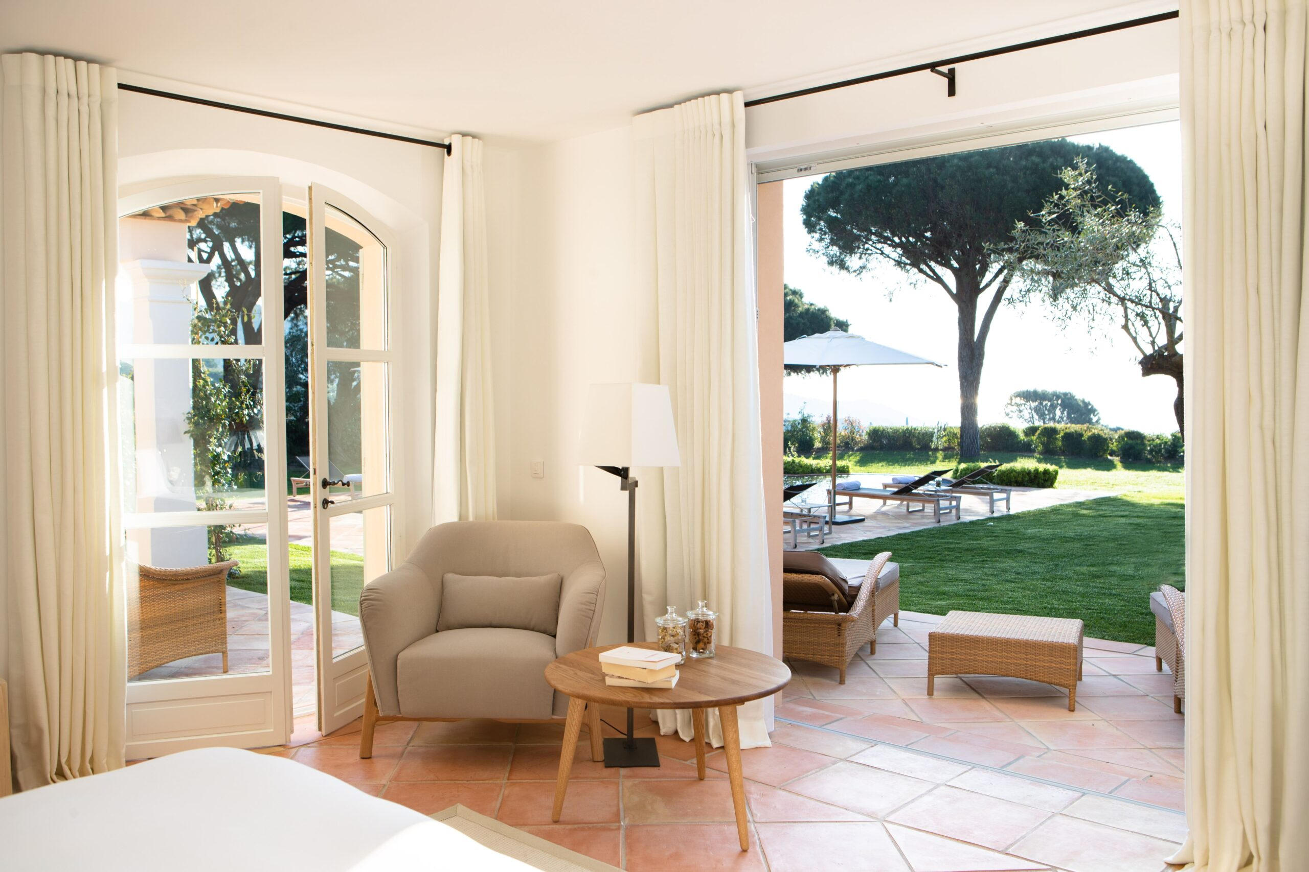 Villa-17-La-Reserve-Ramatuelle-Room-4-min