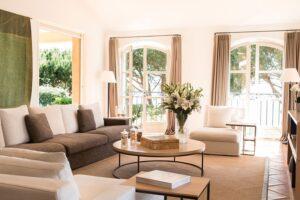 Villa-4-La-Reserve-Ramatuelle-Lounge-min