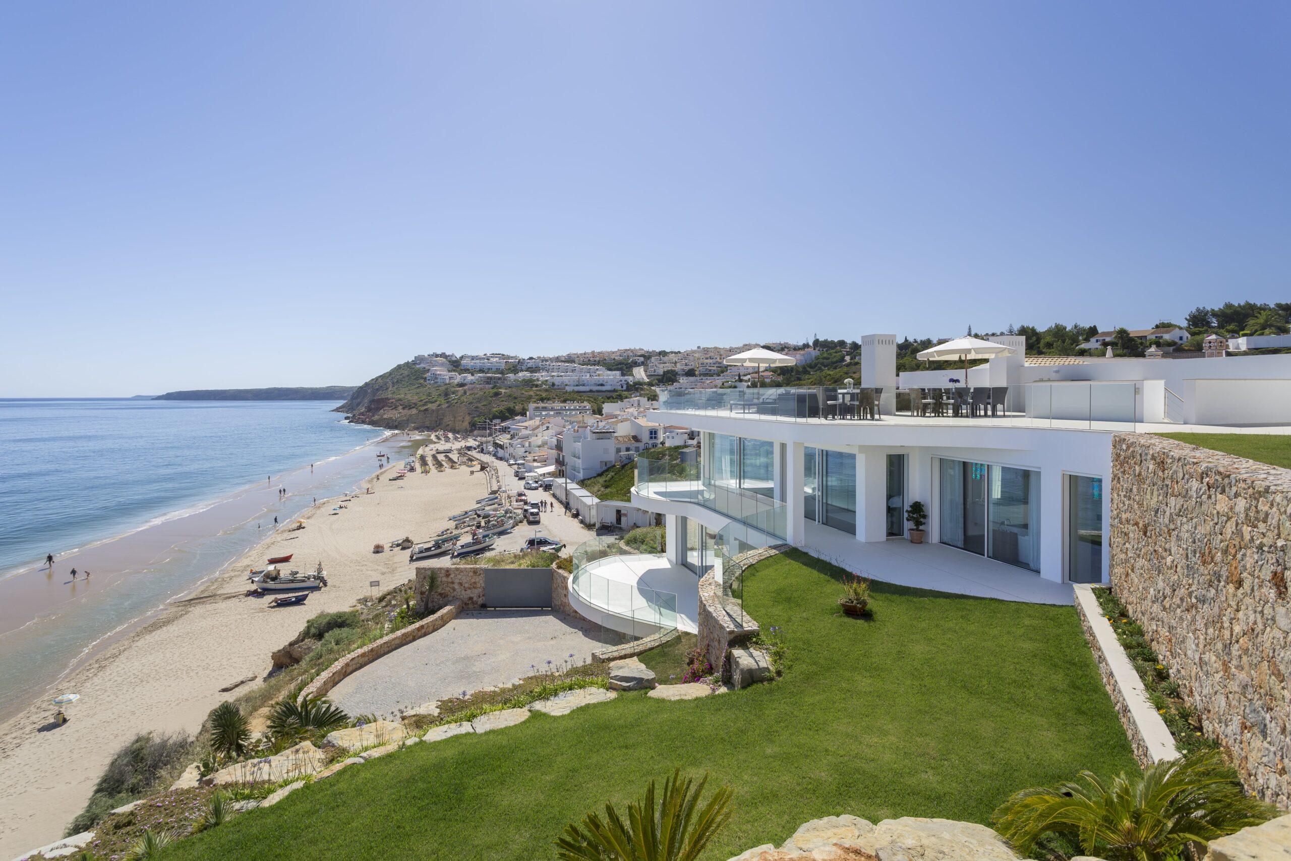 Villa Alegria - Exterior 1-min