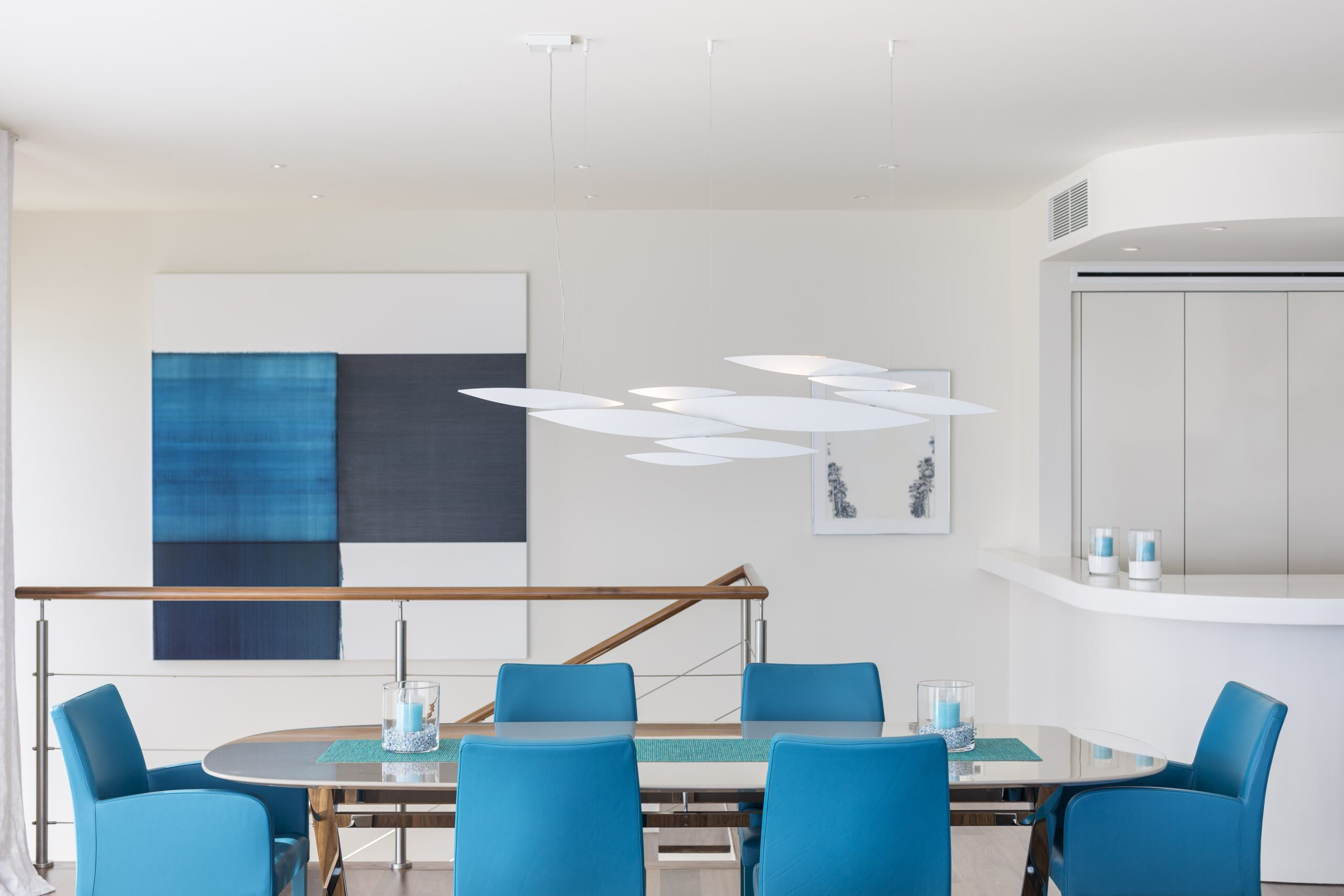 Villa Alegria - dining table-min