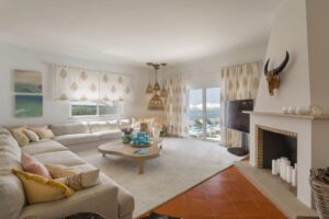 Villa Hibiscus - Living room view (1)